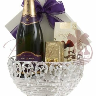 The Majestic Sparkling Wine Gift Basket