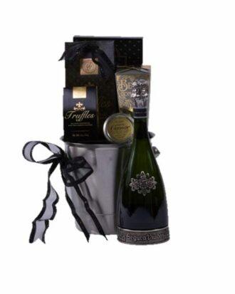 Pure Romance Sparkling Wine Gift Basket, Sparkling Wine Gift Basket, Segura Viudas Gifts, Engraved Segura Viudas, Segura Viudas Gift Basket,